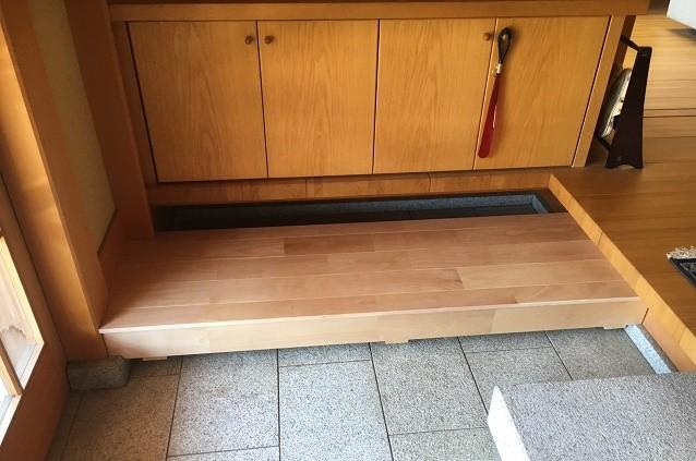 奈良県橿原市K様邸玄関踏み台設置